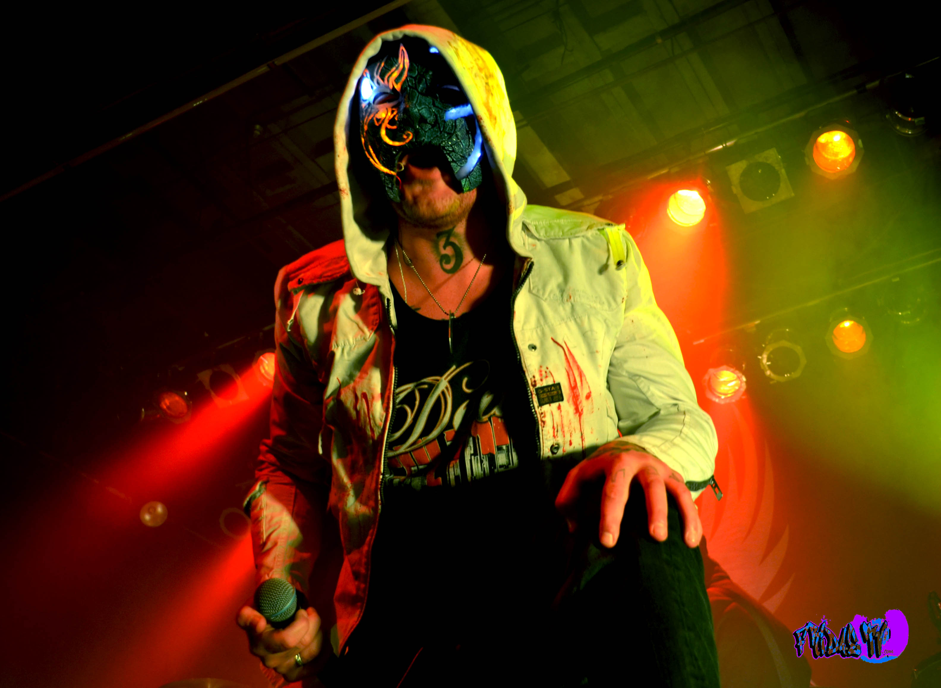 Johnny 3 Tears - Hollywood Undead Wiki