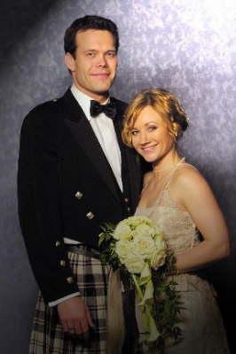 Fil:Db Brudebilde av Scott og Eva6.jpg