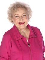 Hot in cleveland betty white
