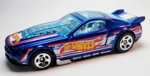 File:'13 Ford Mustang GT-2013 106 Race Team.jpg