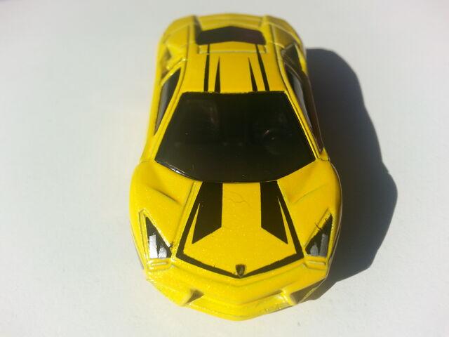 File:Lamborghini Reventón front.jpg