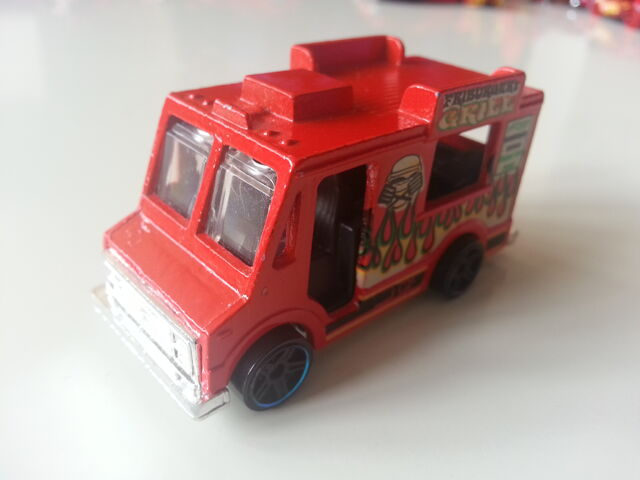 File:ICE CREAM TRUCK FRIBURGERS GRILL 2011 JDMIKE.jpg