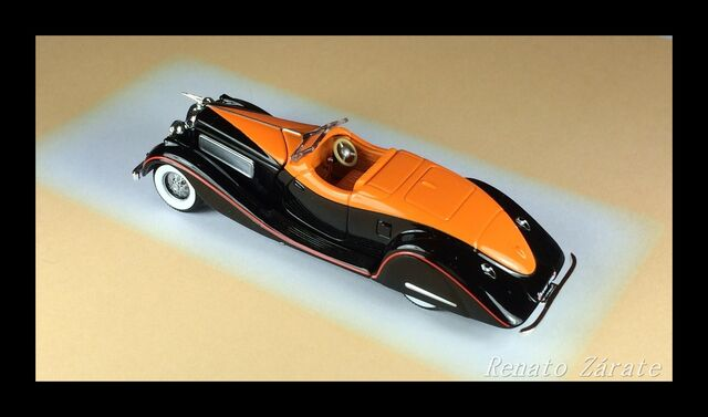 File:5 Classic Bodies 1932JS Duesenberg.JPG