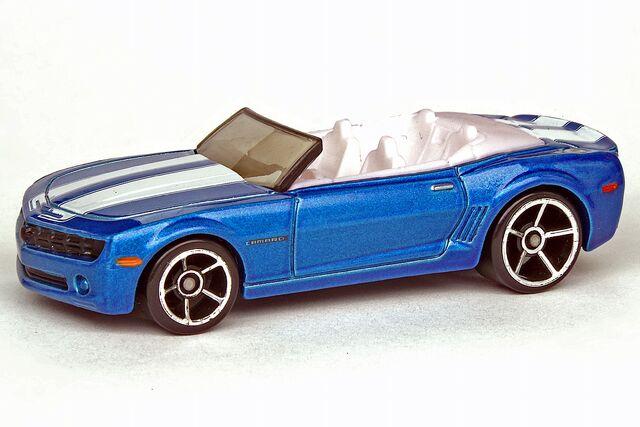 File:Camaro Convertible Concept - 9793ff.jpg