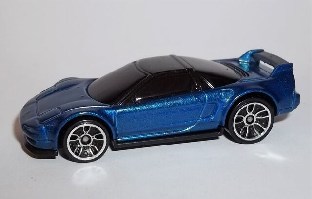 File:HW-2016-103-'90 Acura NSX-ThenAndNow.jpg