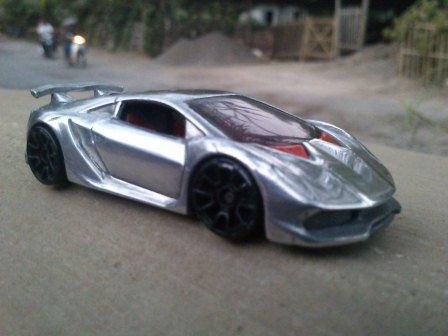 File:Lamborghini01.jpg