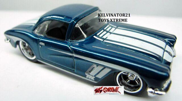 File:'62 Corvette.jpg