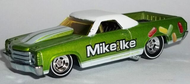 File:HW-2014-Just Born-'71 El Camino-Mike and Ike.jpg