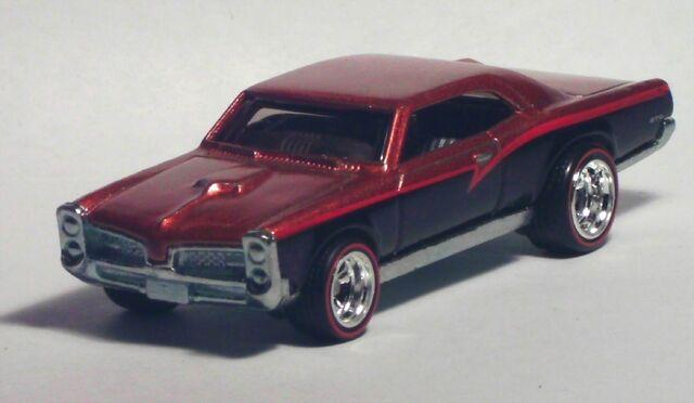 File:2011 Garage GTO.jpg