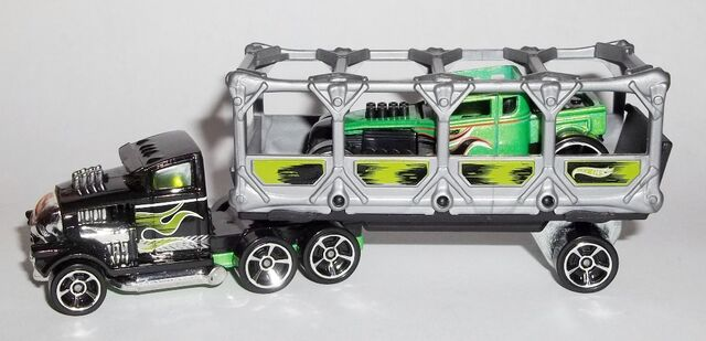 File:HW-Trackin' Trucks-Bone Blazers.jpg