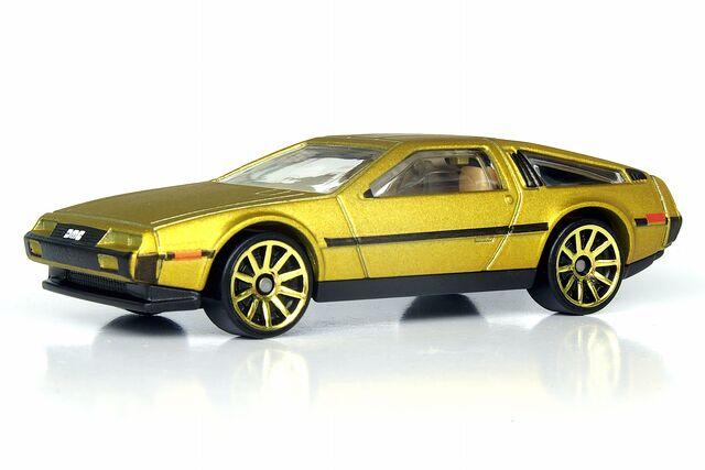 File:'81 DeLorean DMC-12 - 4663df.jpg