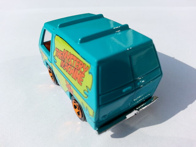 File:The Mystery Machine rear.jpg