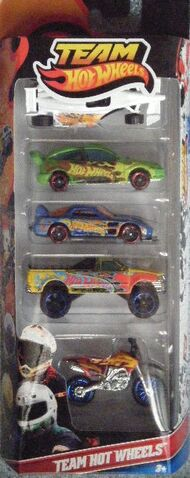 File:Hot Wheels 2012 5 pack Team HW.JPG