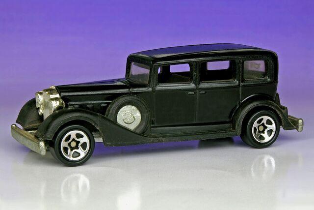 File:Classic Packard - 4617ef.jpg