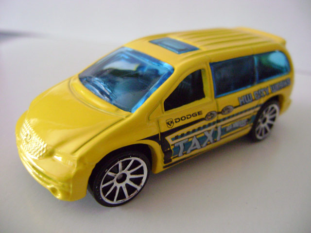 File:Dodgecaravan.jpg