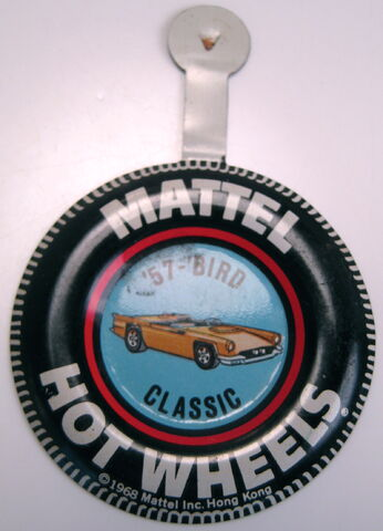 File:Collector button 57 'Bird Classic HK.JPG