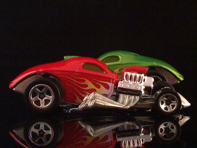File:HT N8 1 4 Mile Coupe 010420132181.jpg