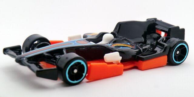 File:F1 Racer-2014 146 Black.jpg