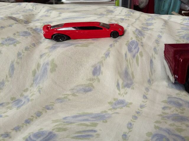 File:Weird Porsche limo on ipad mini.jpg