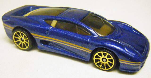 File:Jaguar XJ220 - Exotics 5-Pack.jpg