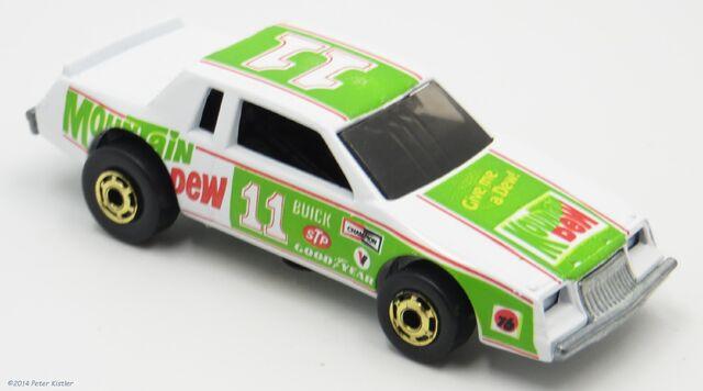 File:NASCAR Stocker-10070.jpg