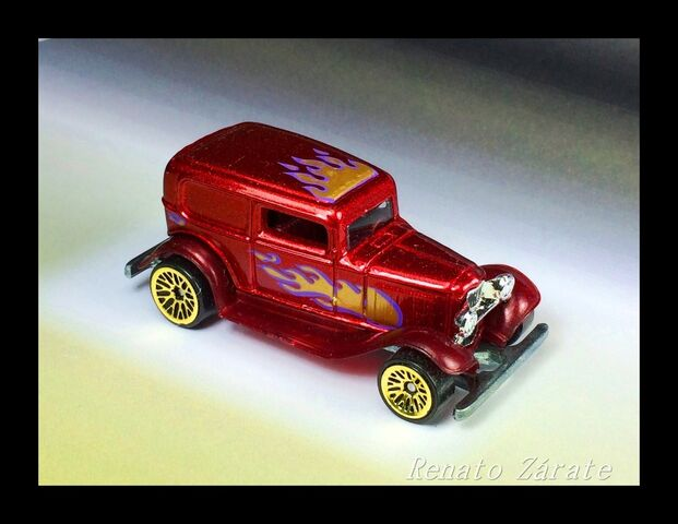 File:'32 Ford DeliveryStreet Rods 4 Pack 1998.JPG