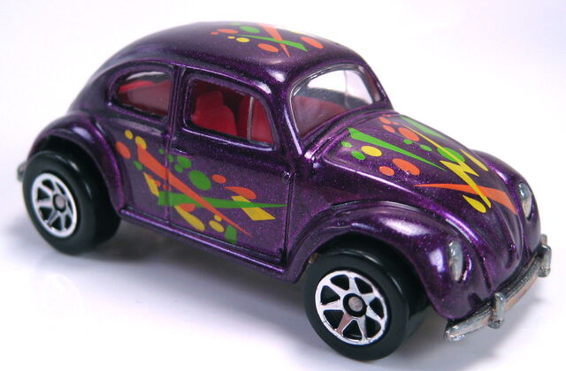 File:VW Bug dark purple metallic 7sp MAL base from playset.JPG