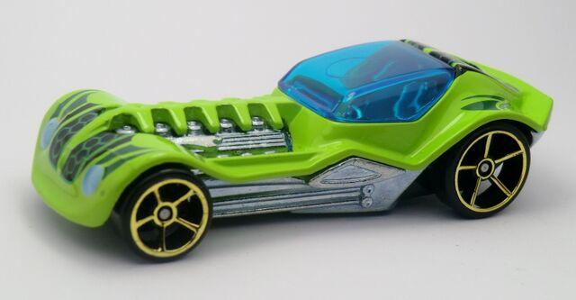 File:Dieselboy-2013 113 Green.jpg