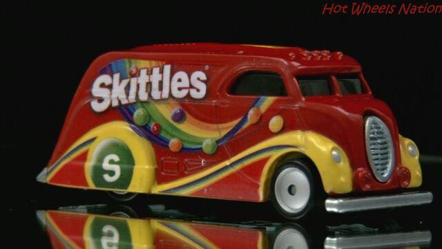 File:Skittles car.jpg