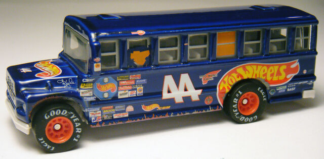 File:School Bus - HW Racing 44.jpg