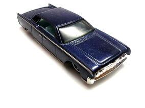 Blue Lincoln conti