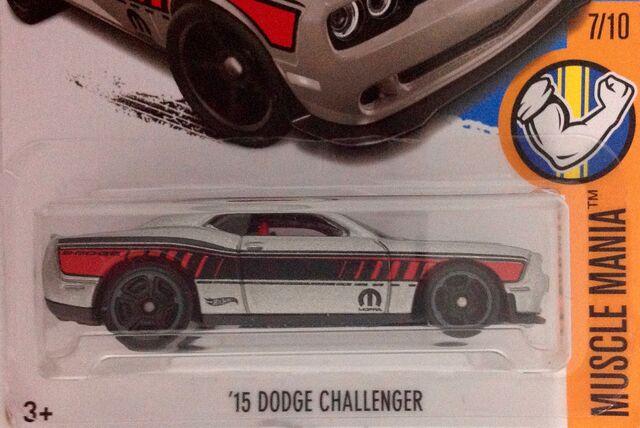 File:'15 Dodge Challenger SRT DTY90.jpg