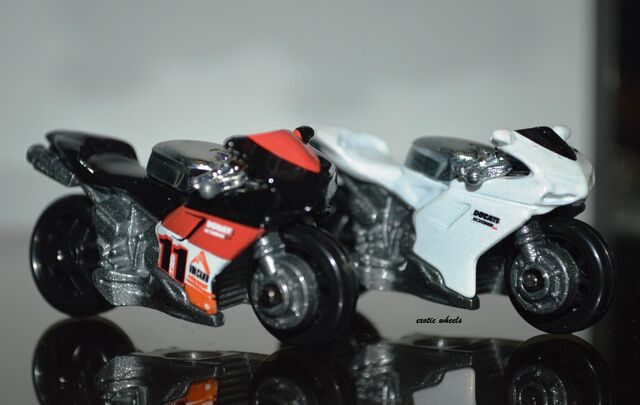File:Ducati ..JPG