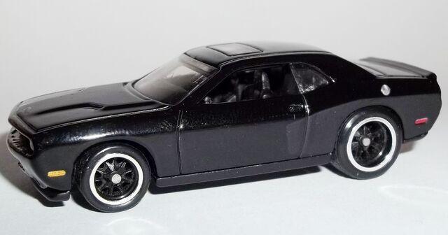 File:HW-Retro Entertainment-'08 Dodge Challenger SRT8-Fast&Furious.jpg