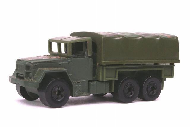 File:Troop Convoy - 3302df.jpg