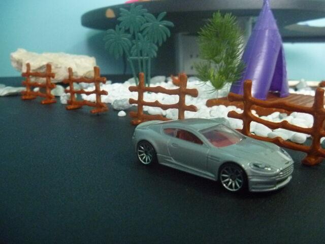 File:Aston Martin DBS.JPG