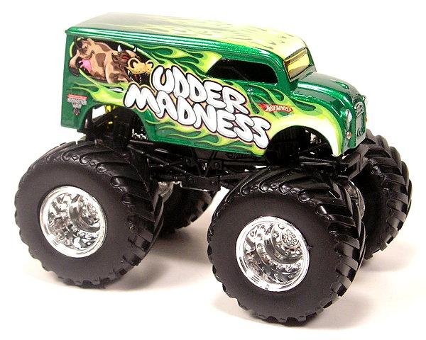 File:UdderMadness Truck.jpg