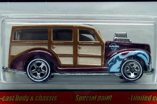 File:Hot Wheels Classics '40's Woodie - 7501cf.jpg