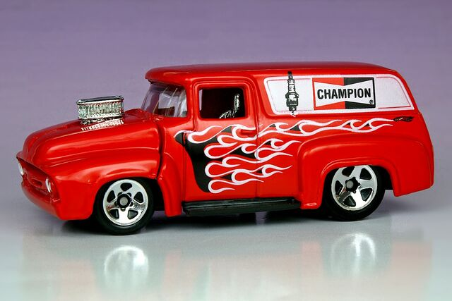 File:'56 Ford Champion - 4628ef.jpg