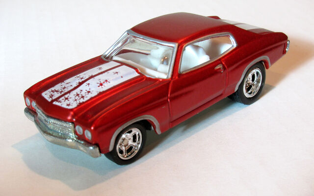 File:70Chevelle2005HolidayRed.jpg