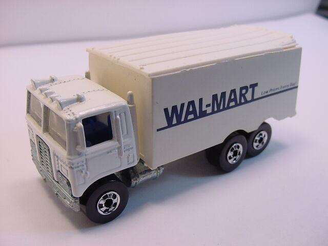 File:1991 hiway hauler Wal-mart.jpg