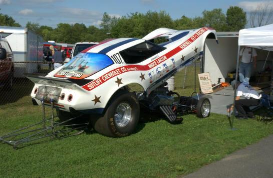 File:Bruce Larsons Corvette Funny Car.jpg