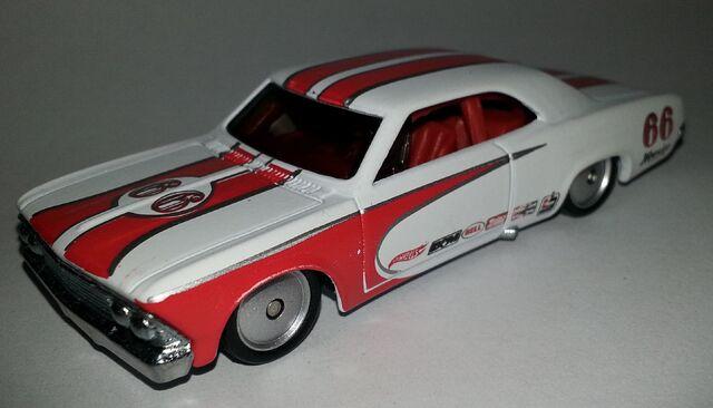 File:'66 Chevelle-Boulevard.jpg