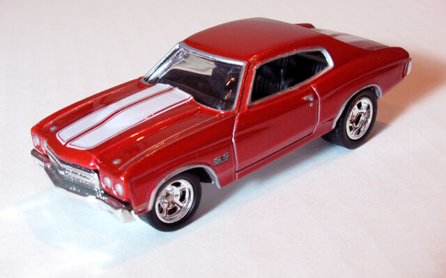 File:70Chevelle2003HWPreferredRed.jpg