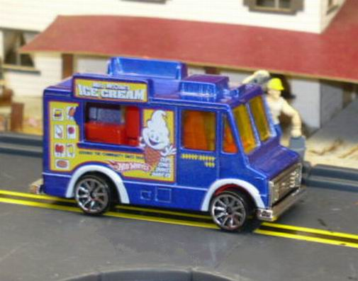 File:2009 Ice Cream Truck.jpg