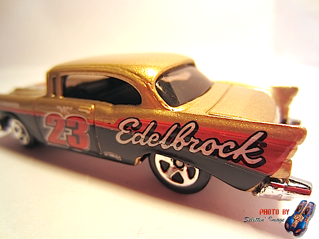 File:Gold67Chevy2.png