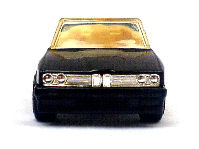 File:1989 BMW 323 Front.jpg