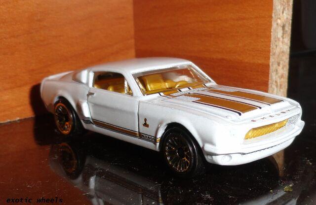 File:Car (11).JPG