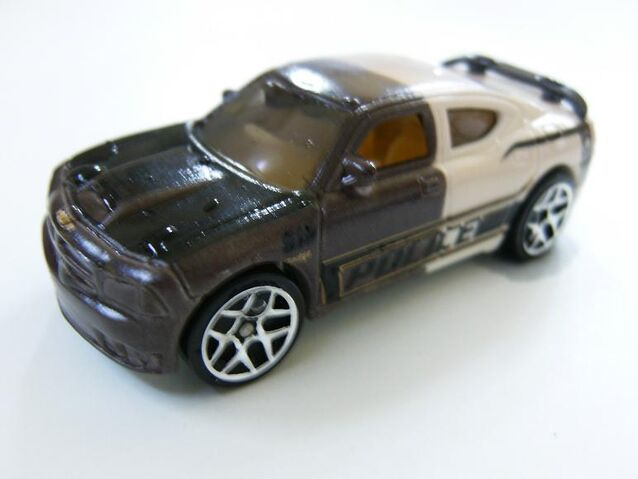 File:HW CS Dodge Charger SRT8 Police 919.jpg