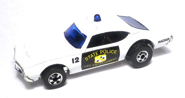 File:442 police bw sleepercivic.jpg